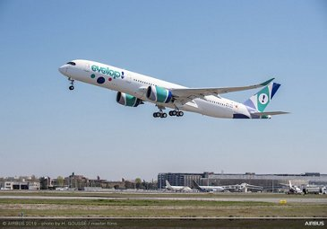 No. 1 A350 XWB for Evelop Airlines