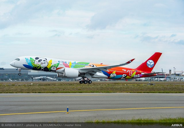 Delivered on 8 August 2018, Sichuan Airlines' first A350-900 aircraft features a comfortable two-class cabin layout of 331 seats (including 28 business and 303 economy)
