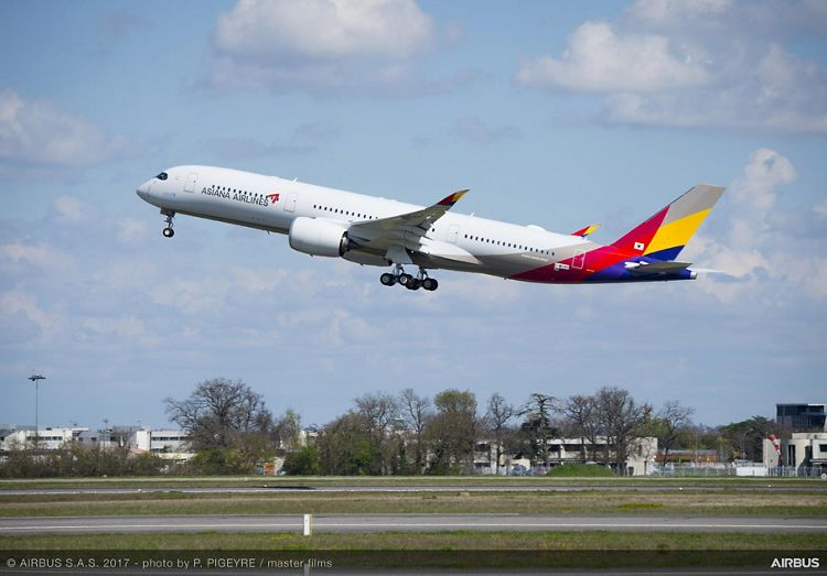 Asiana Airlines_First A350 XWB delivery 1