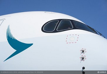 Cathay Pacific first A350-900_details 1