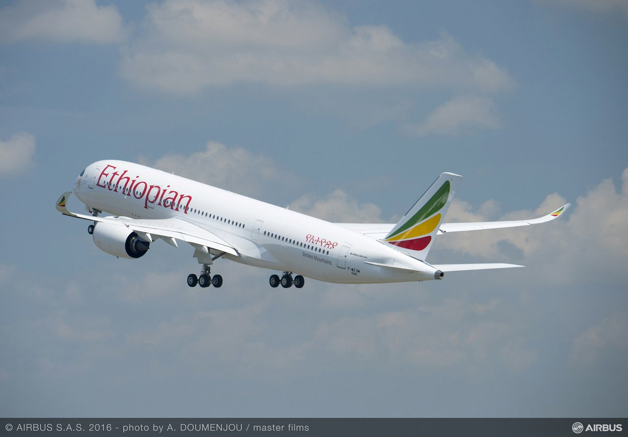 A350-900_Ethiopian Airlines first flight 1
