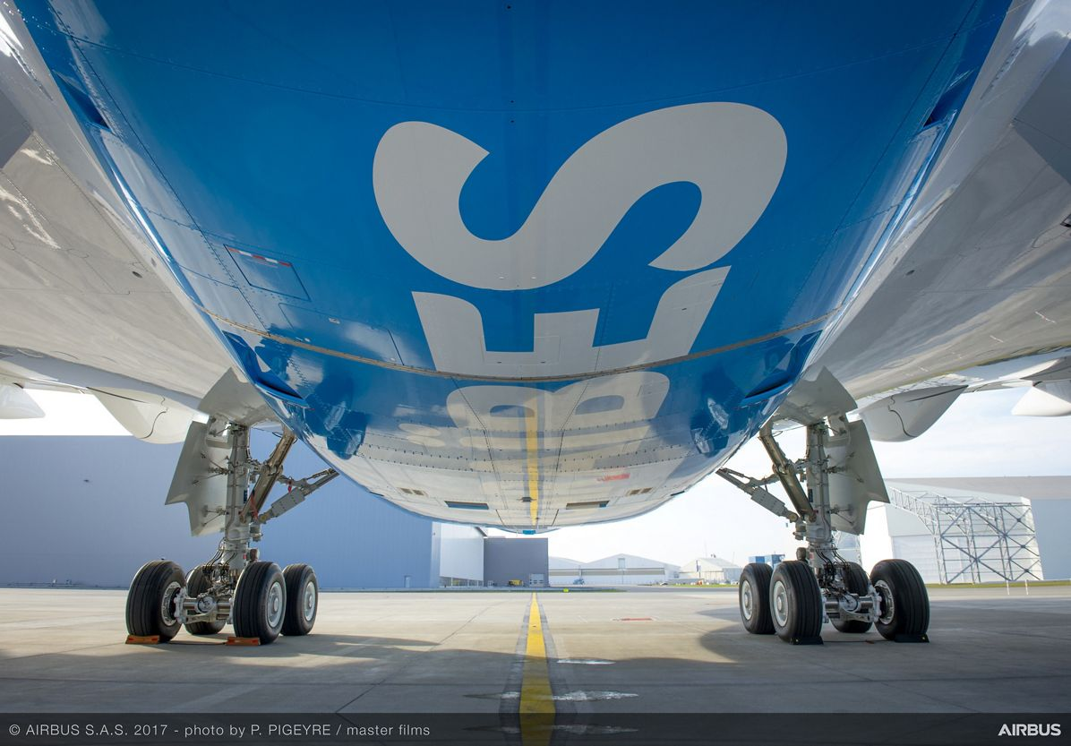 Air Caraïbes' first A350 XWB_ details 5