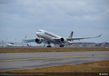 First flight of Singapore Airlines' no. 1 A350 XWB_3