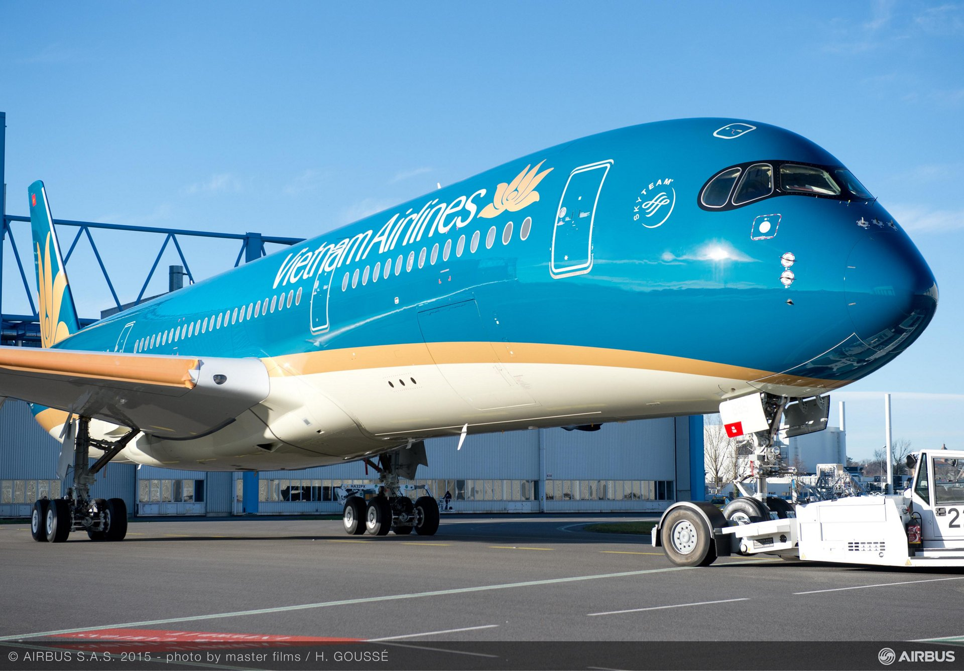 Vietnam Airlines A350 XWB livery reveal_2