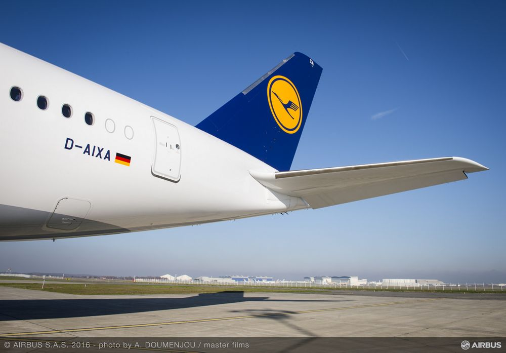 A350-900 Lufthansa delivery – Tail section
