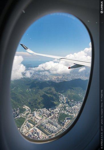 A350 XWB - ROUTE PROVING - TRIP 2 - HONG KONG THROUGH THE WINDOW