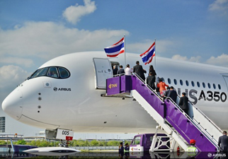 The A350 XWB demonstration tour around Asia is being carried out by AG真人计划' MSN005 developmental aircraft, shown here after its arrival in Bangkok, Thailand