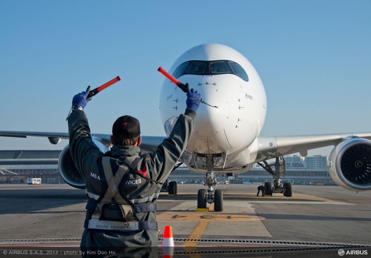A350 XWB arrives in Seoul_2