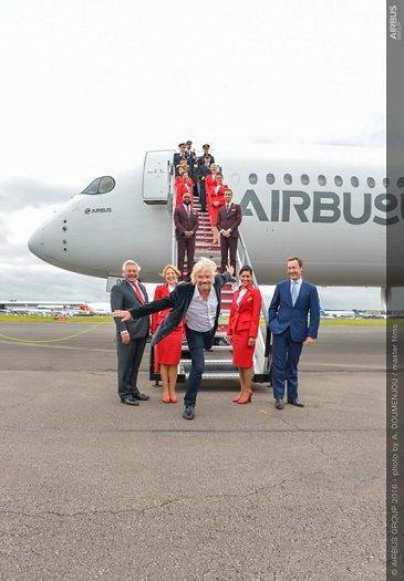 Farnborough Airshow_Day 1_A350 XWB arrival 5