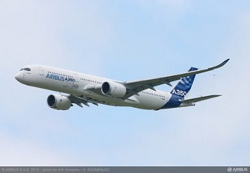 A350 XWB Fly over 03