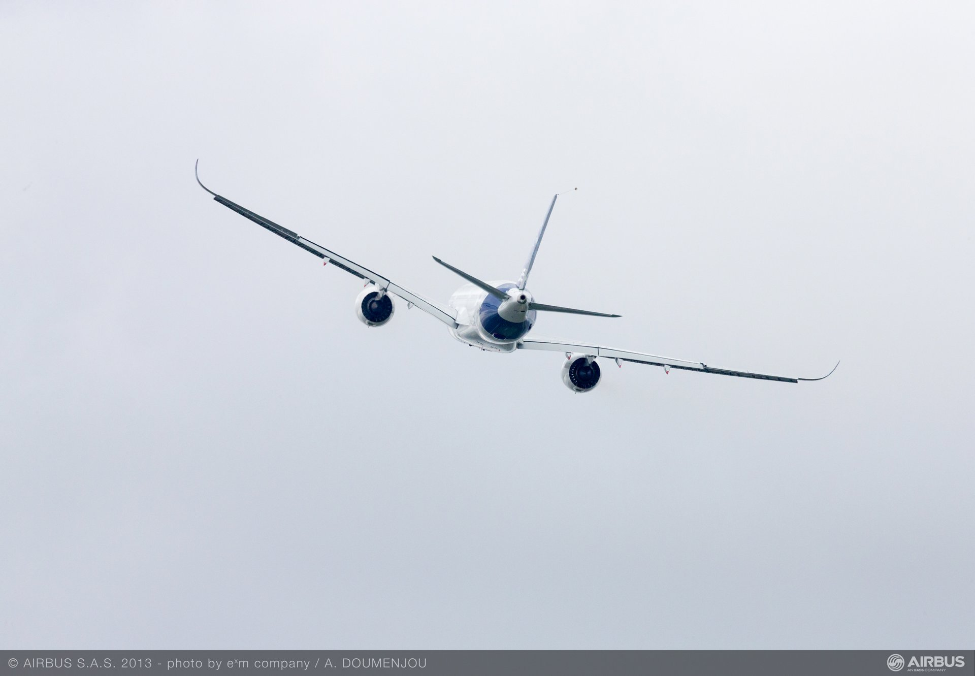 A350 XWB Fly over 6