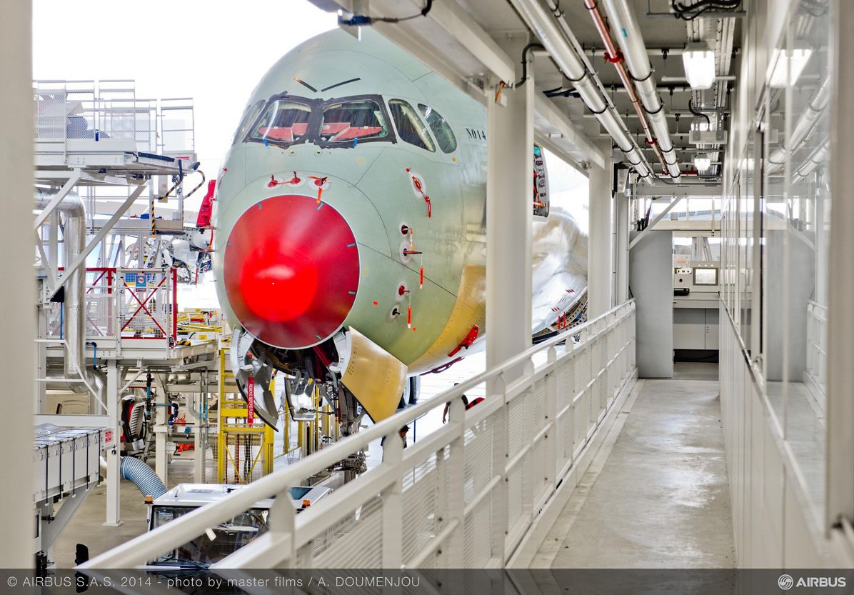 Vietnam Airlines A350 XWB – Assembly hall rollout 2