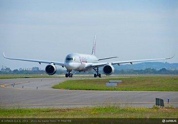 Qatar Airways' no. 1 A350 XWB first flight_3