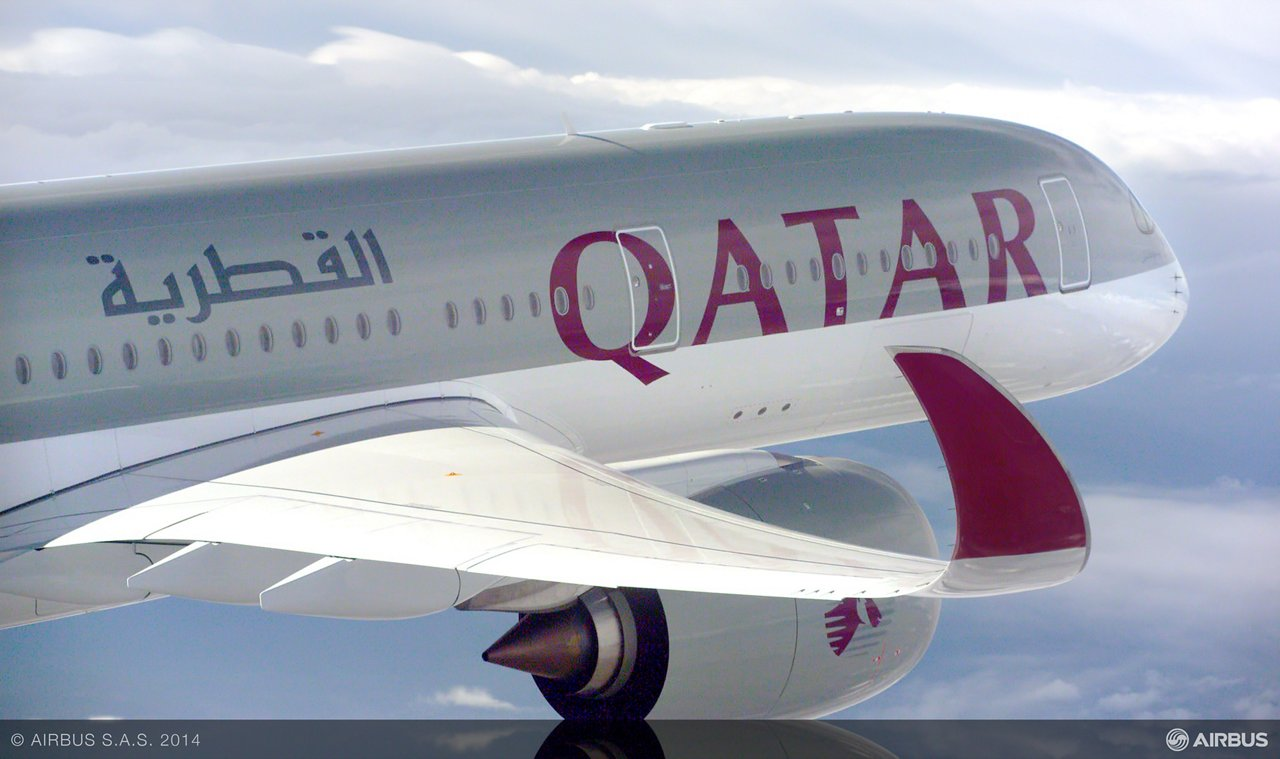 A350 XWB Qatar airways air to air