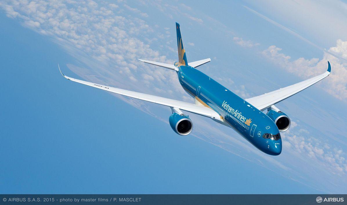 A350 XWB Vietnam Airlines in flight