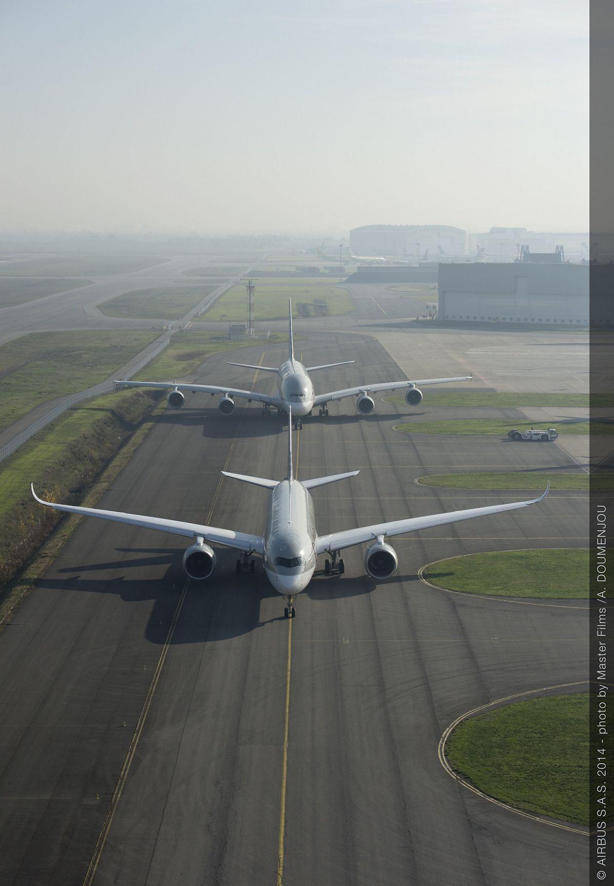 Qatar Airways A350 XWB and A380 taxiing_3