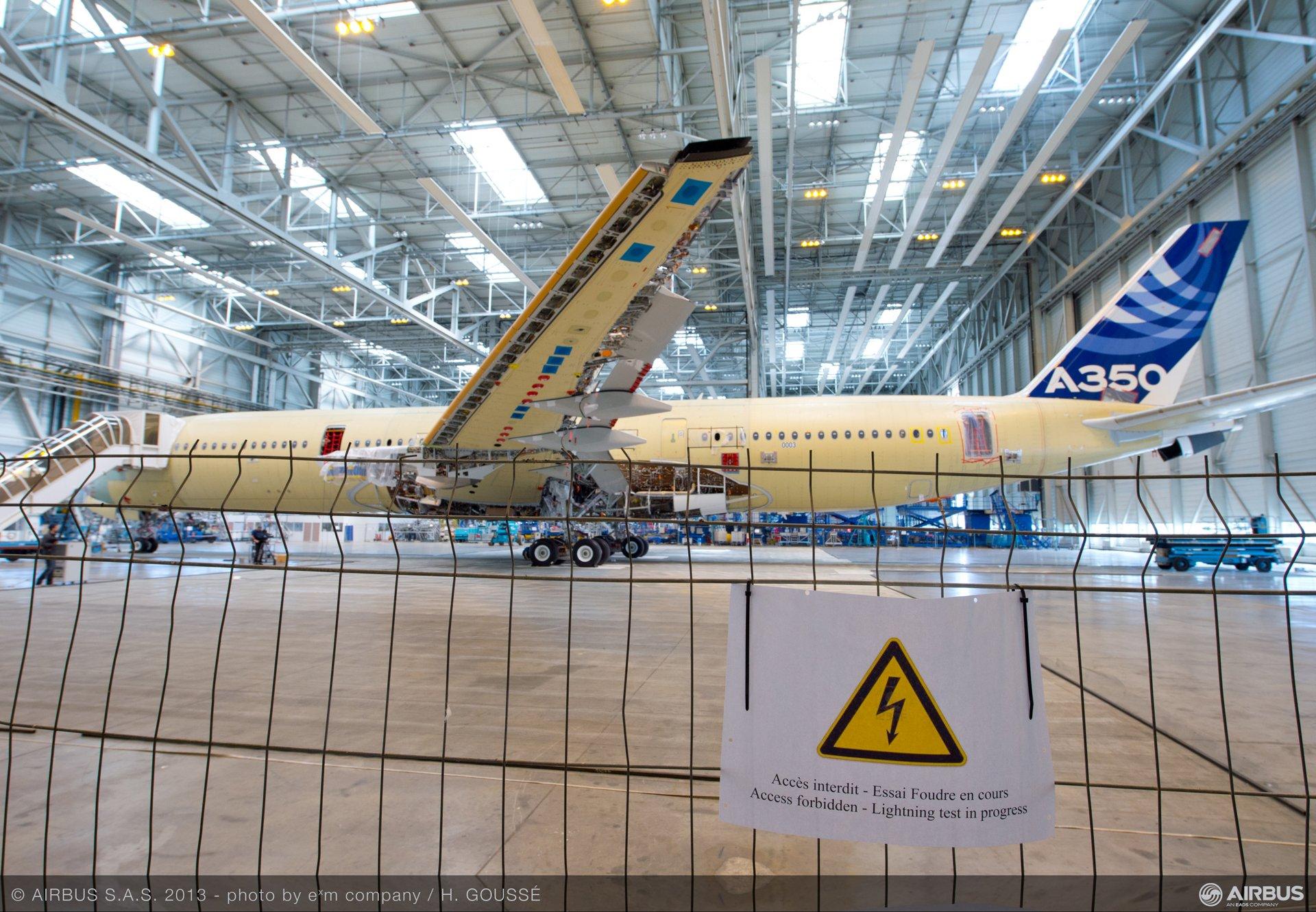 A350 XWB lightning test 1