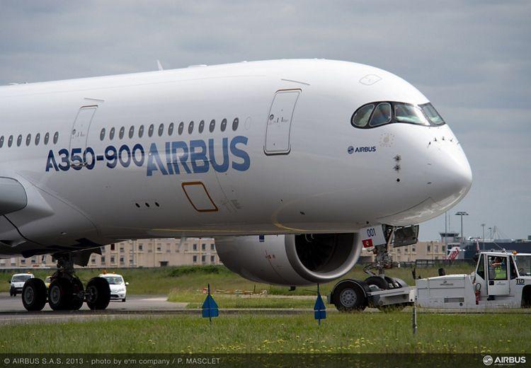 A350 XWB paint shop rollout 7