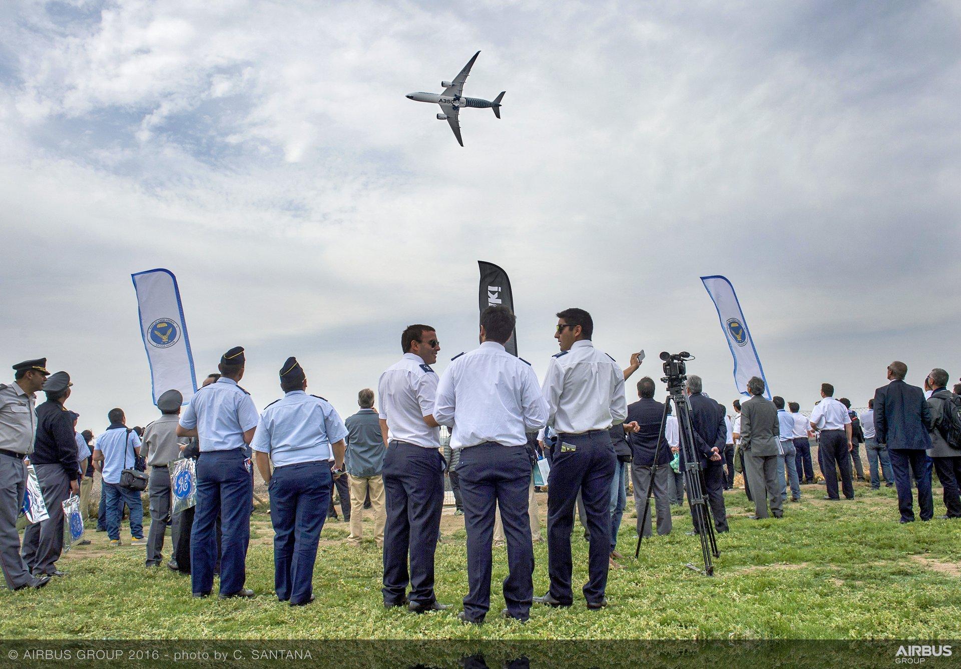 FIDAE 2016_A350 XWB demo flight 4