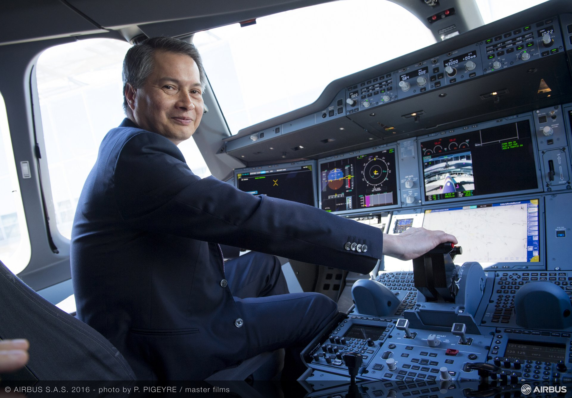 First A350 XWB delivery to THAI_1