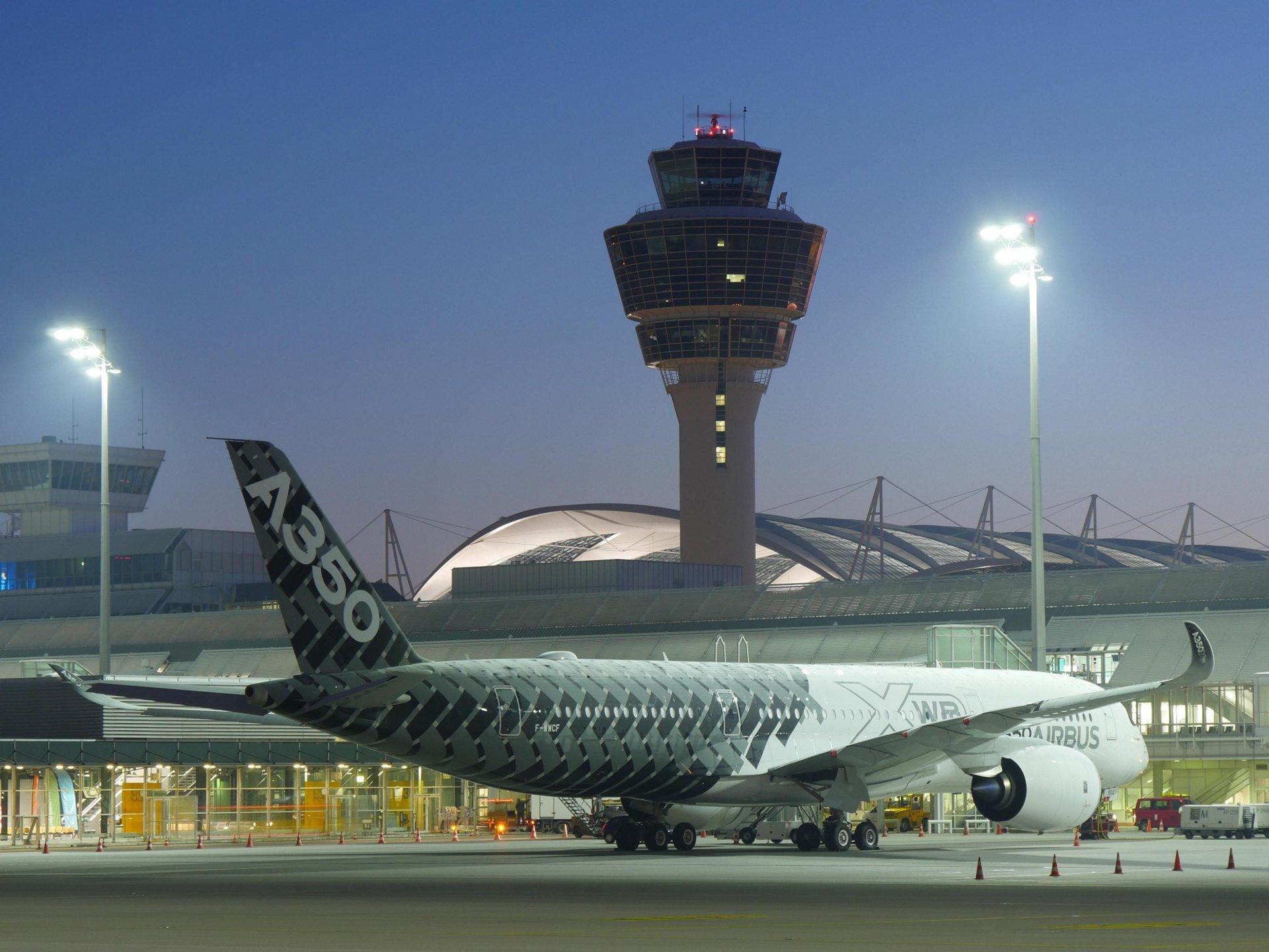 A350 XWB at Munich International Airport 1