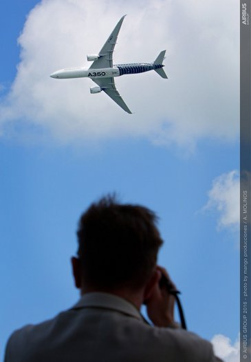 Singapore Airshow 2016_A350 XWB flying display 10