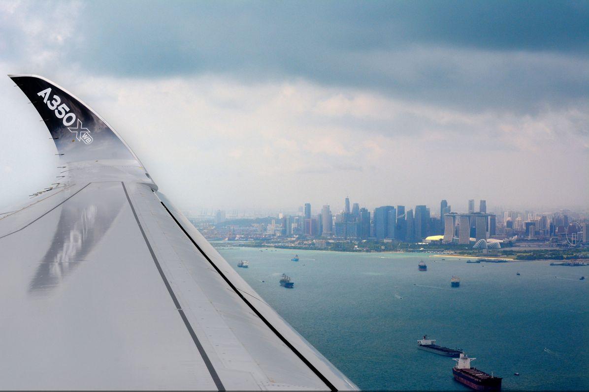 Singapore Airshow 2016_A350 XWB arrival 4