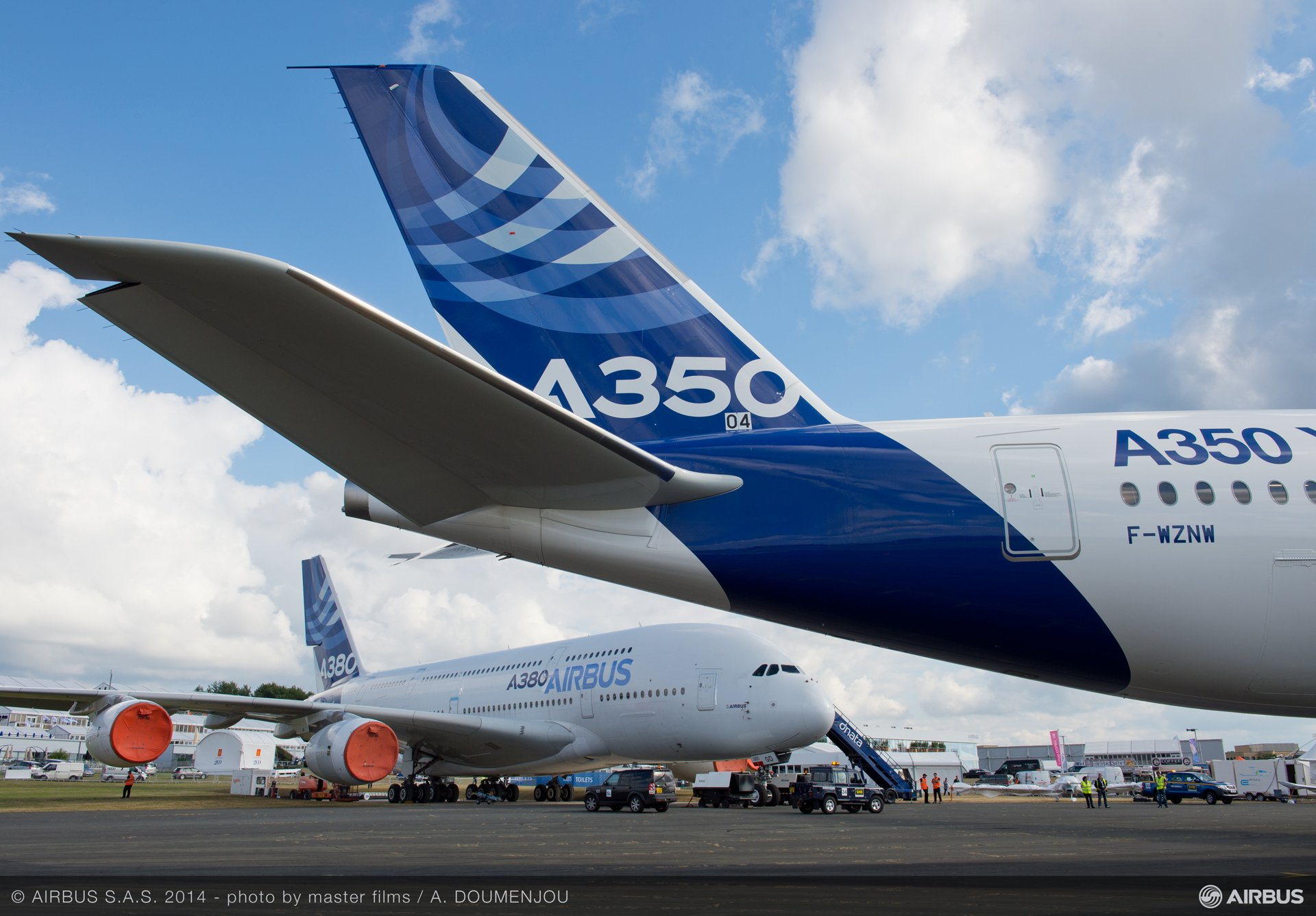 Static display A380 A350 XWB
