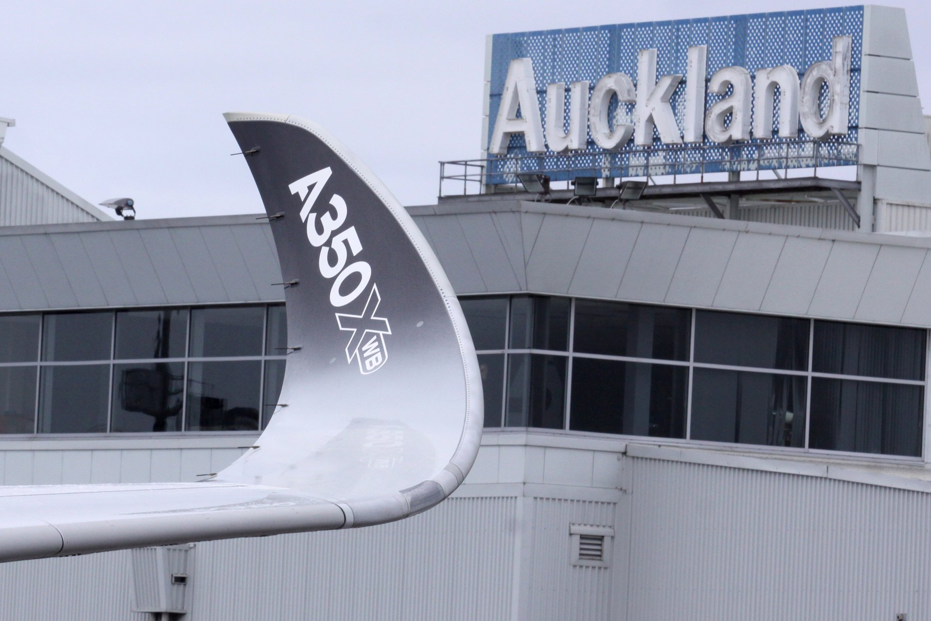 A350 XWB route proving: Auckland, New Zealand