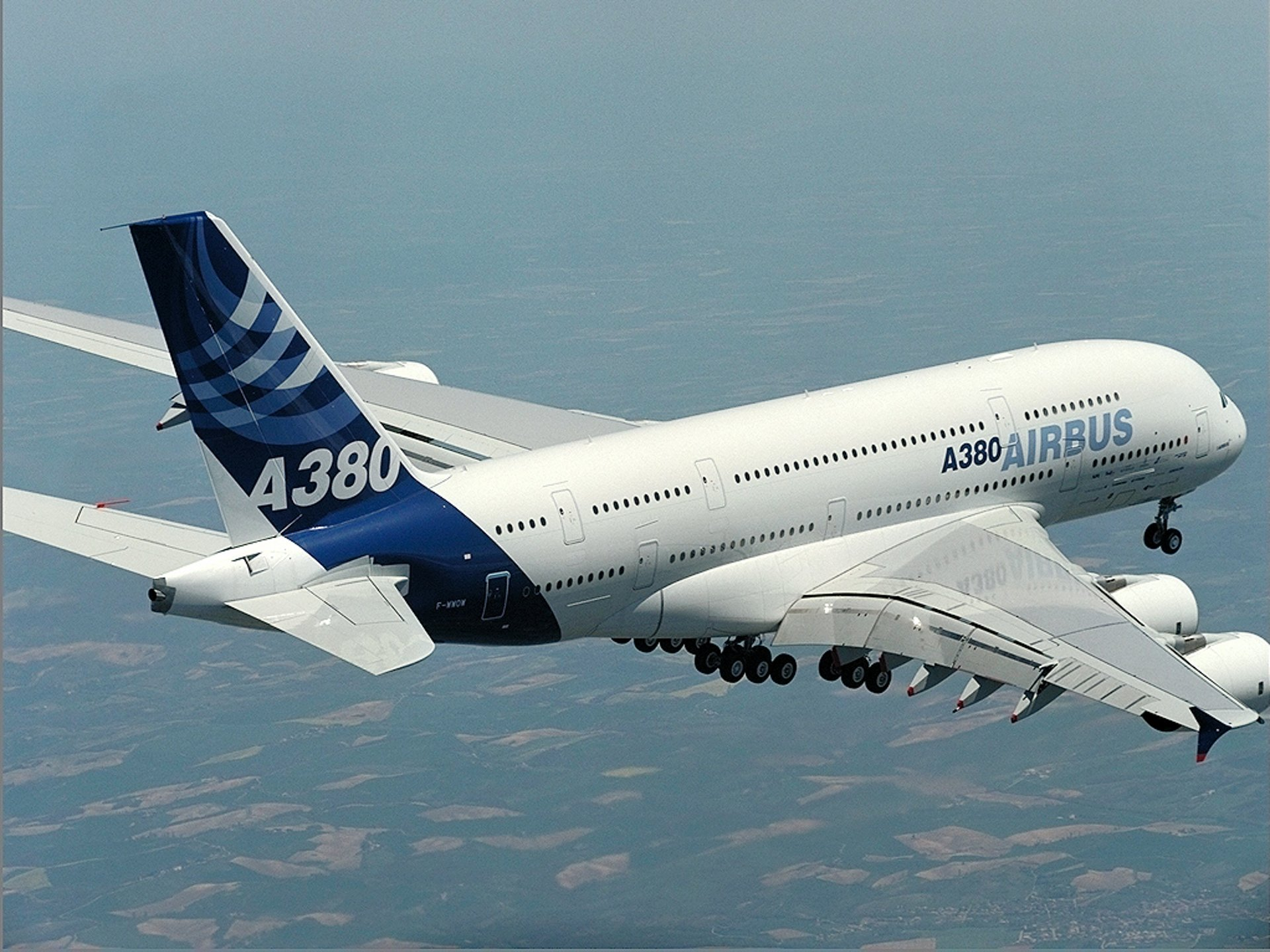 With the same basic cockpit layout and operating procedures as the A320 and A330/A340 Families, the A380 shares significant commonality with Airbus' other fly-by-wire aircraft