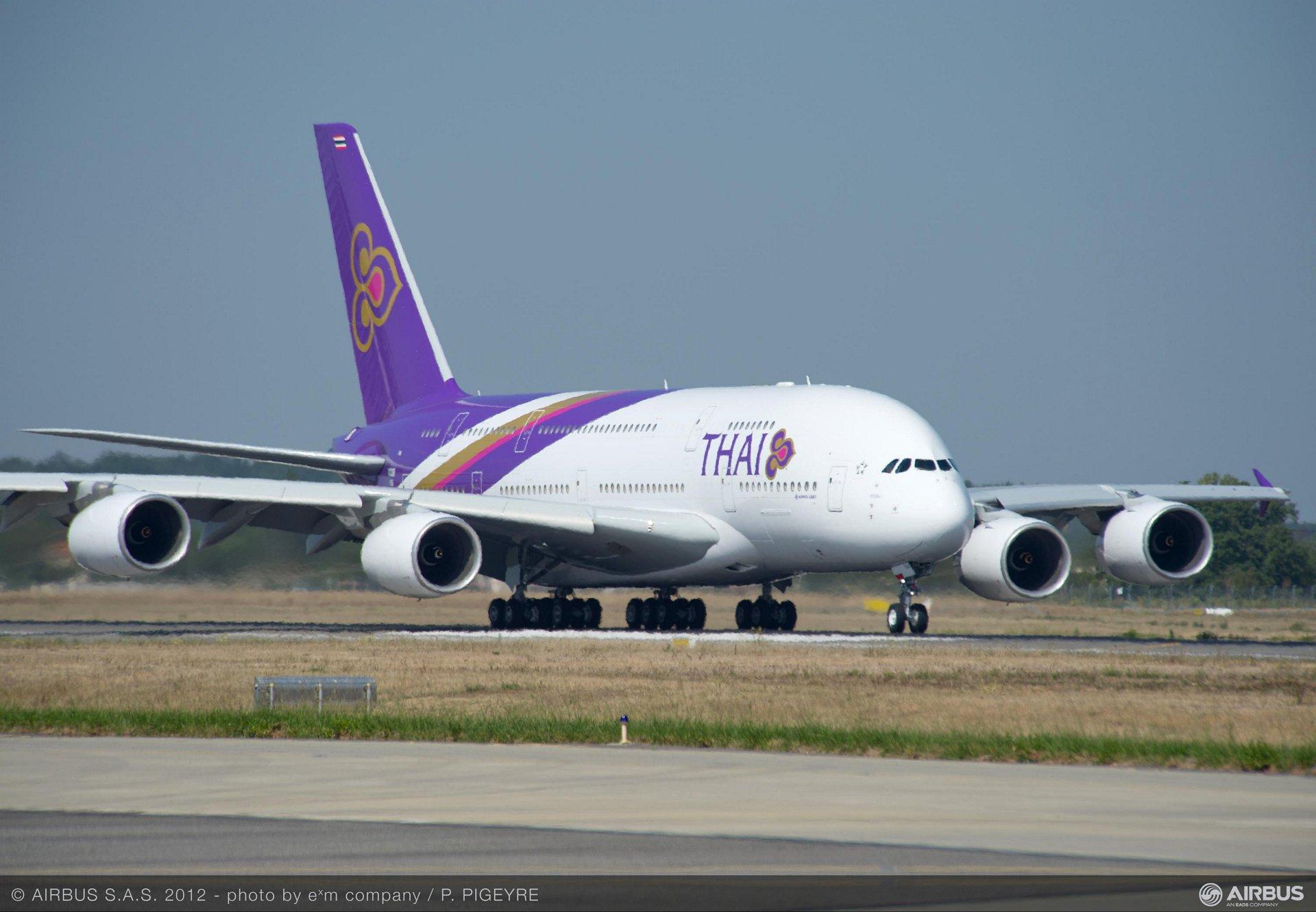 A380 THAI tarmac PP