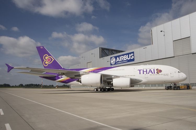 A380 Thai roll out 3