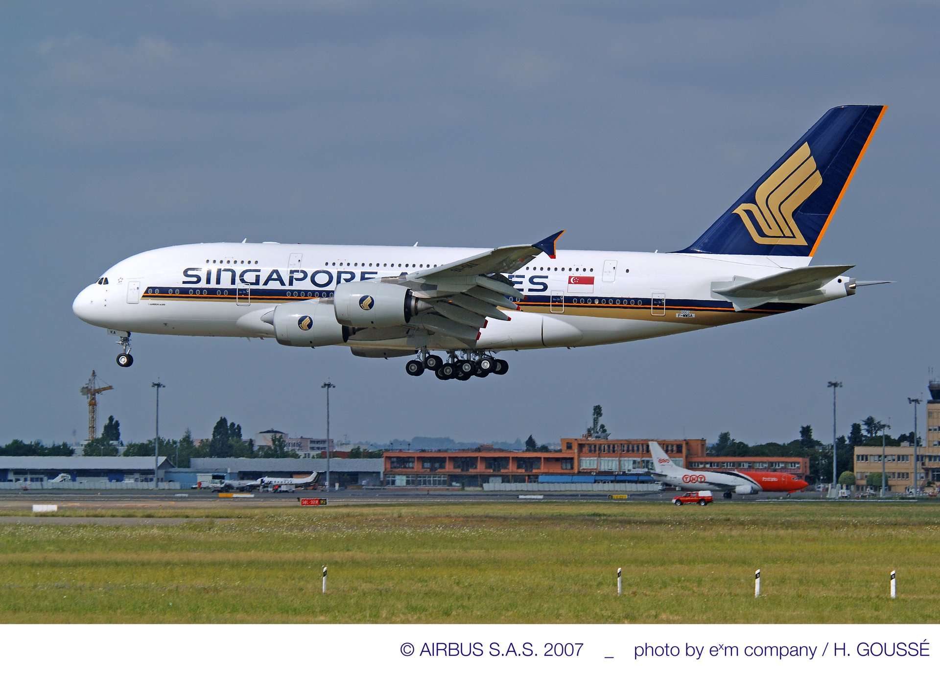 A380_first_delivery Singapore Airlines
