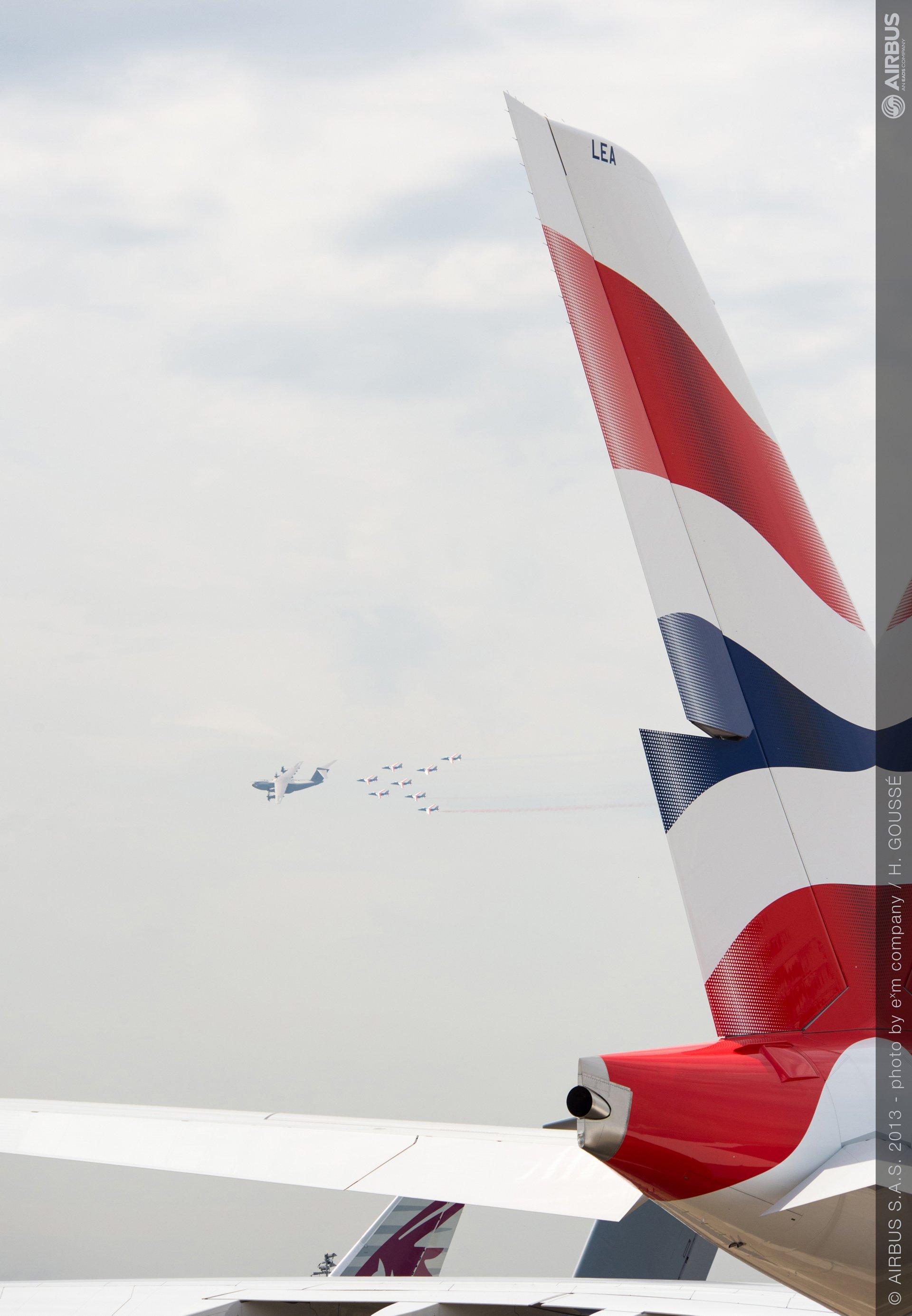 A400M formation flight patrouille de france A380 BAW