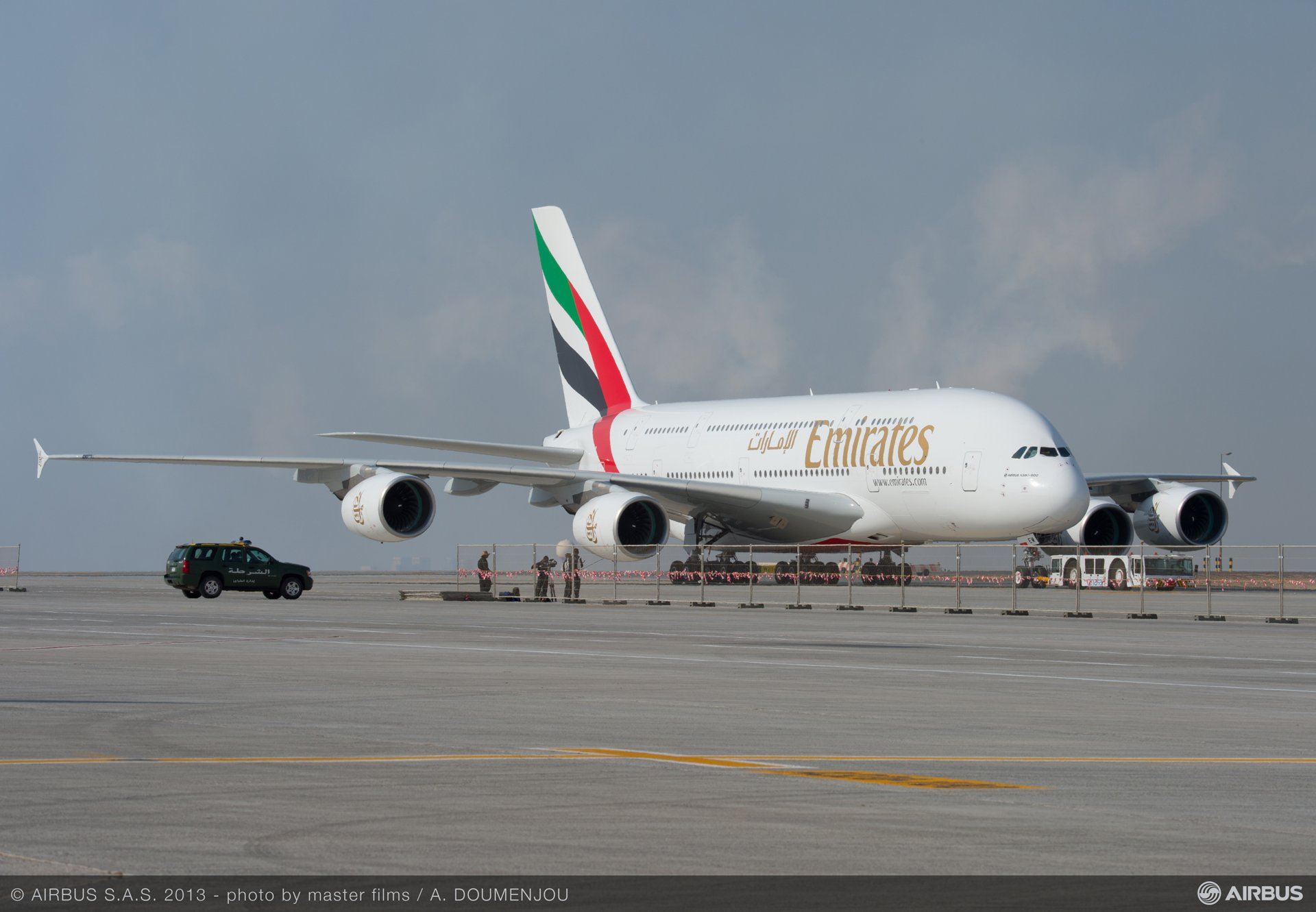 Day one ambiance 01 A380 emirates