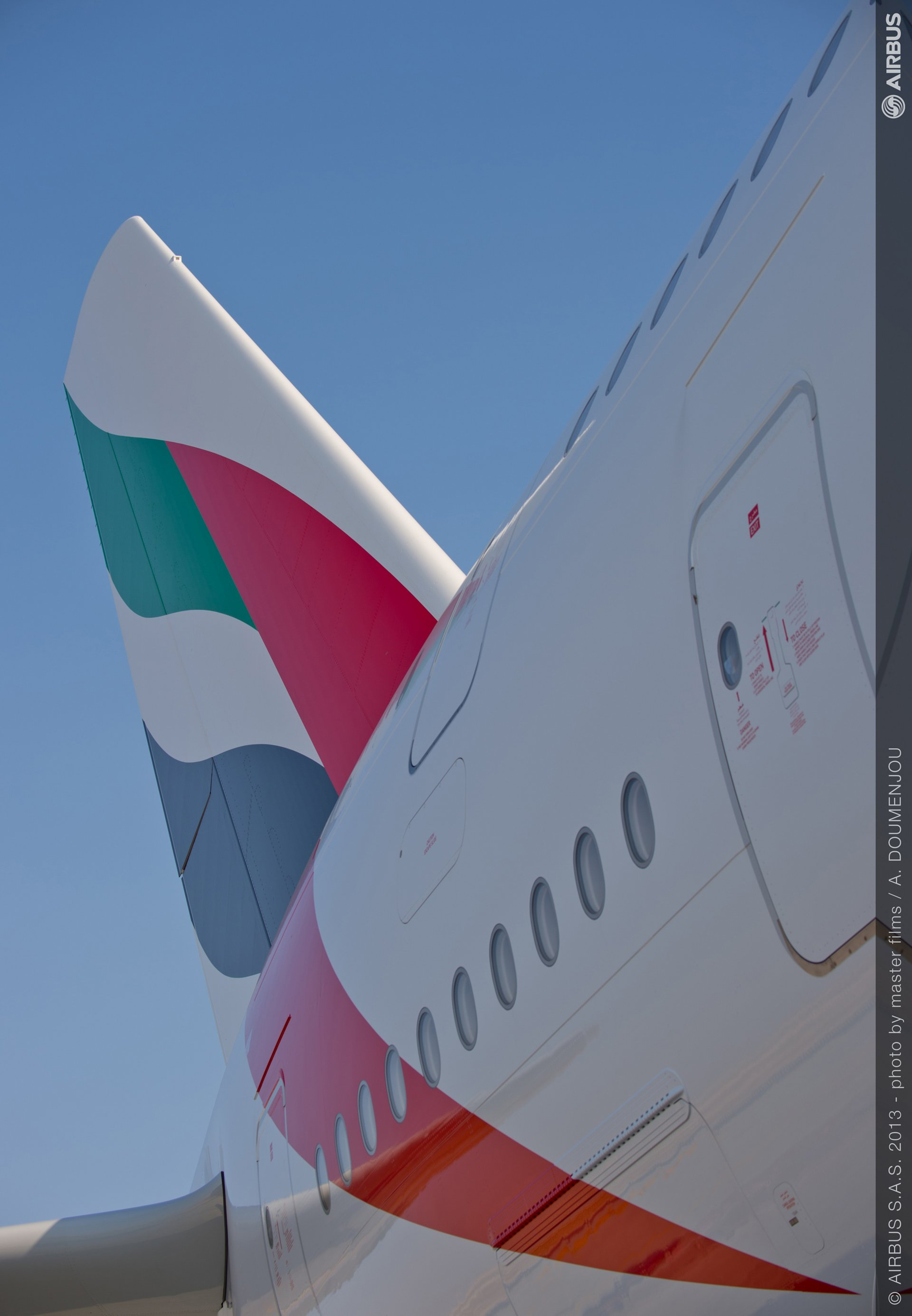 Day one ambiance 04 A380 emirates