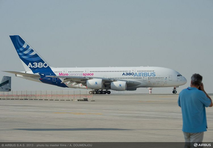 Day one ambiance 08 A380 Airbus