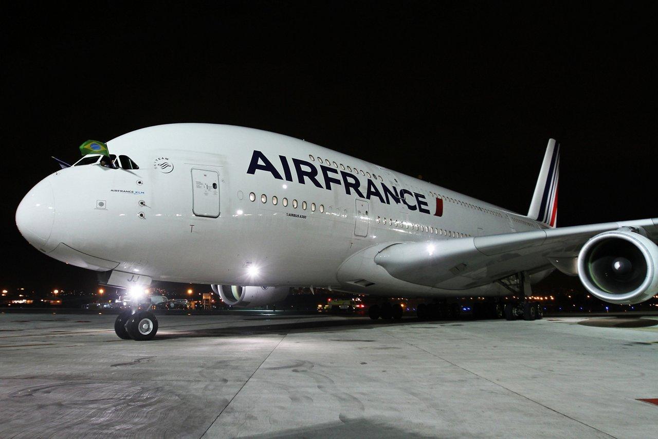 A380_First commercial flight to Rio de Janeiro 1