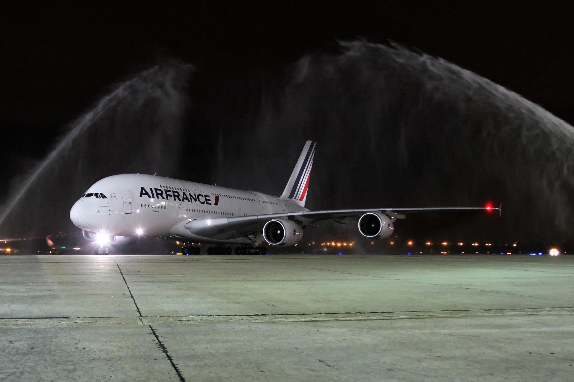A380_First commercial flight to Rio de Janeiro 2