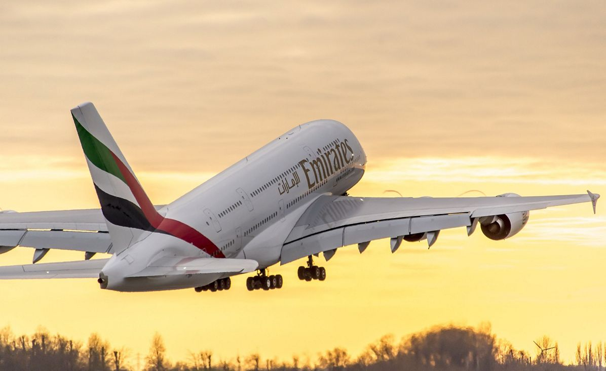 PHOTO Emirates A380 Taking Off Sunset