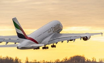 Emirates signs MoU for 36 A380s 4