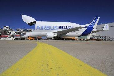 Airbus Beluga – Side