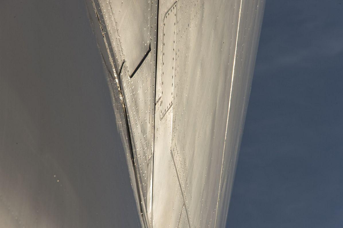 Airbus Beluga – Fuselage close-up 1