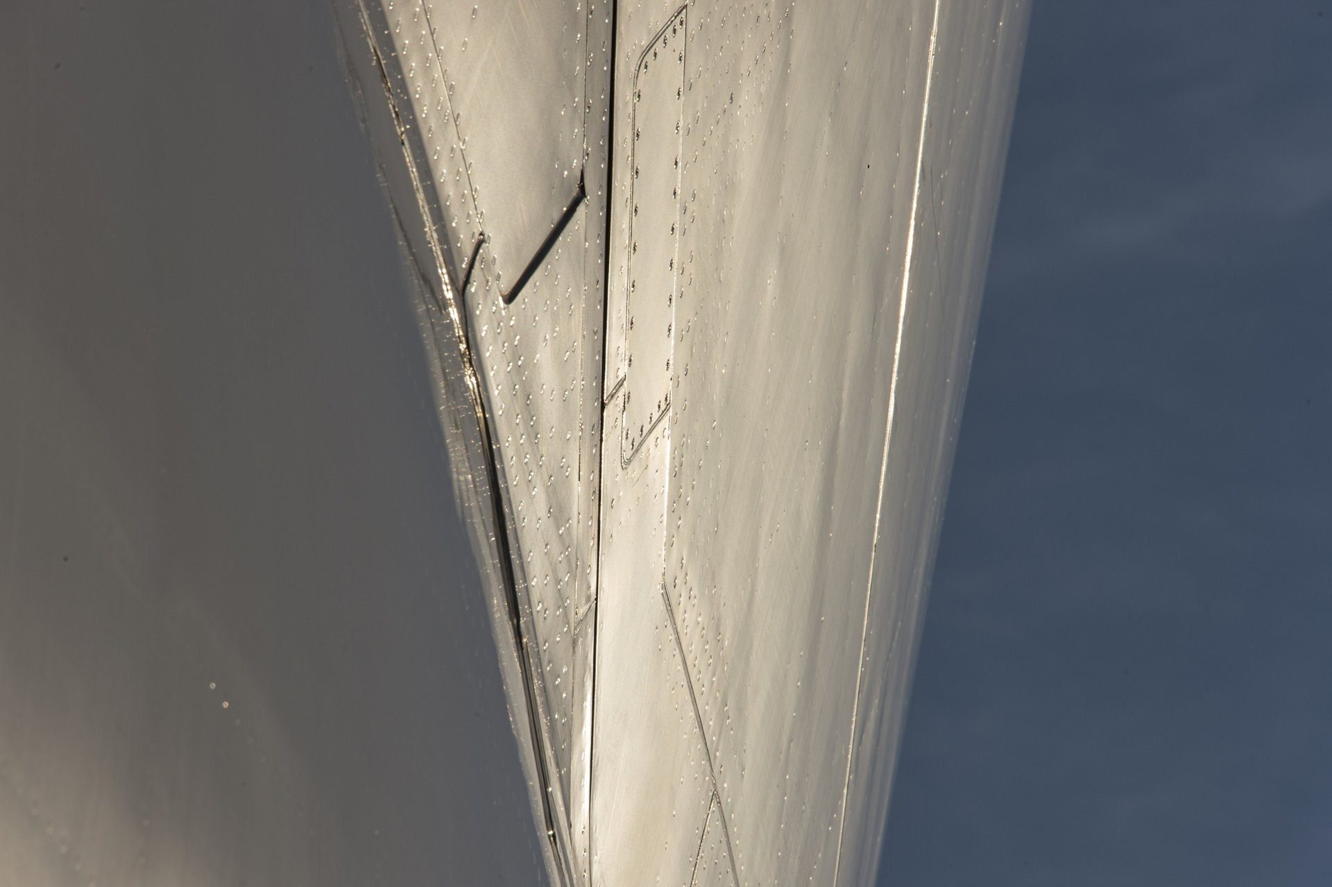 Airbus Beluga – Fuselage close-up 1