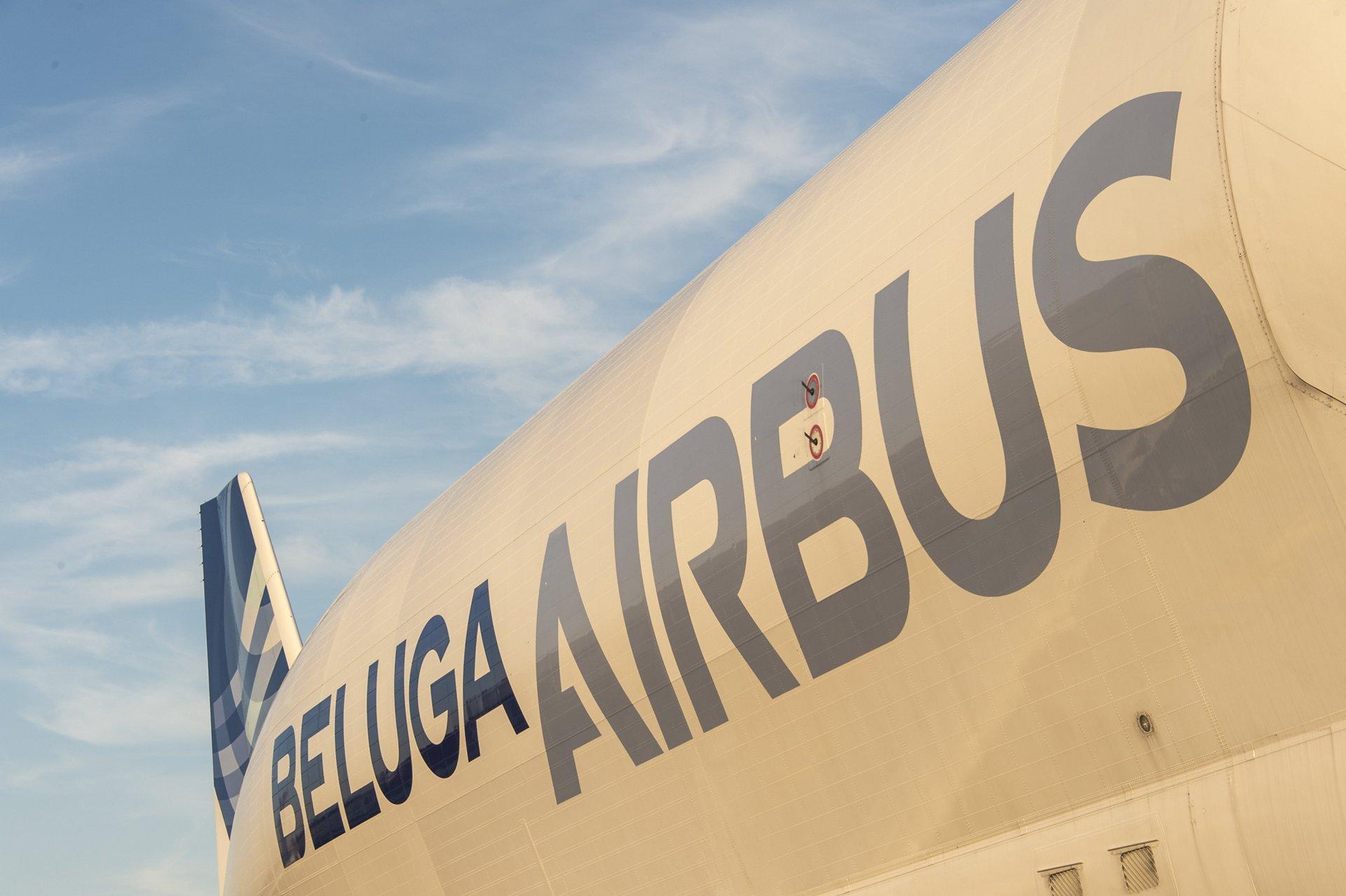 Airbus Beluga – Fuselage close-up 2