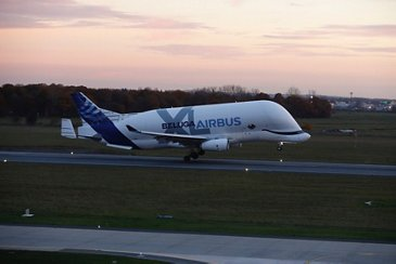 The BelugaXL touches down at Bremen