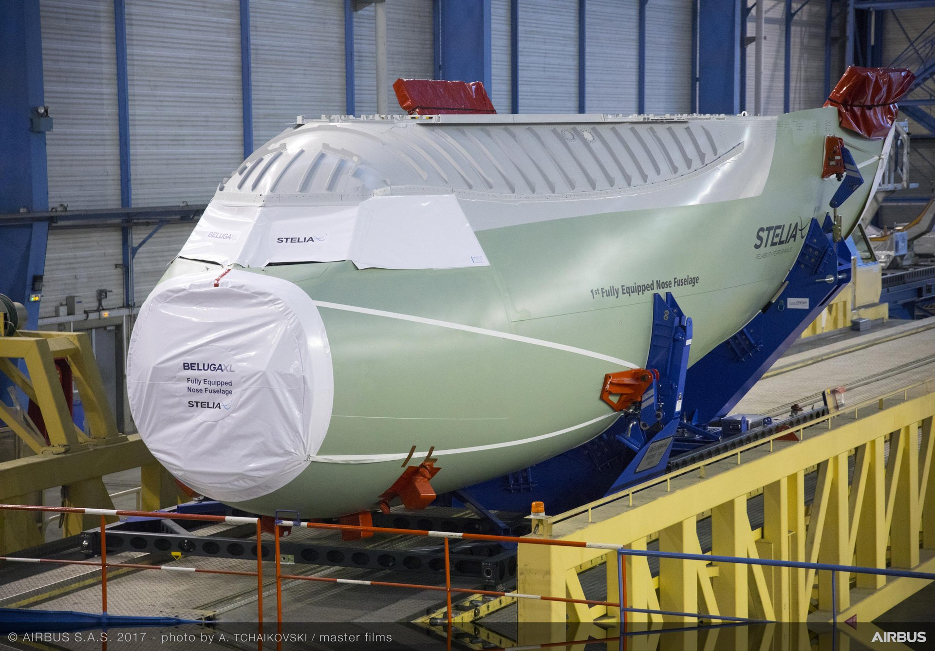 BelugaXL_Nose section delivery 2