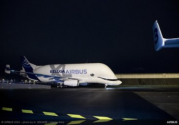 First BelugaXL delivered to ATI – Taxiing