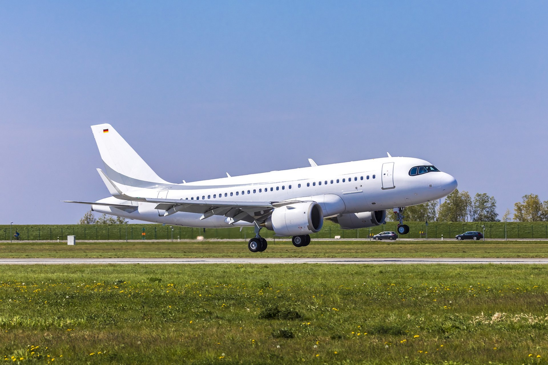 The maiden flight of Airbus' ACJ319neo, which lasted one hour and 55 min., kicked off a short flight-test programme to verify its corporate jet features