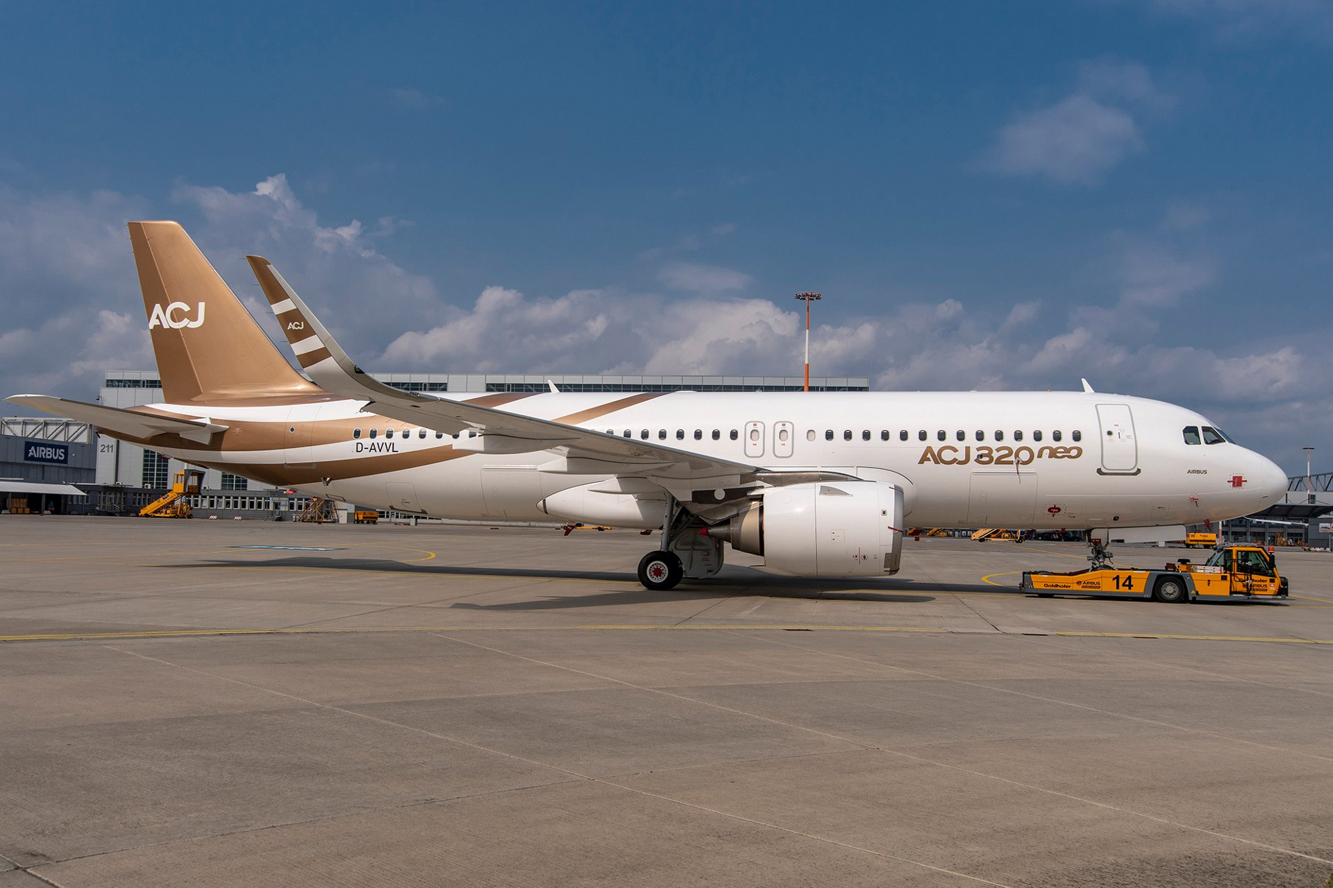 First Airbus Corporate Jets ACJ320neo is assembled